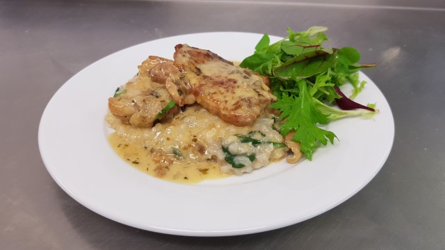 Chicken with vermouth tarragon and cream, with spinach risotto